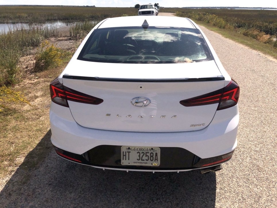 2019 Hyundai Elantra Sport (12)