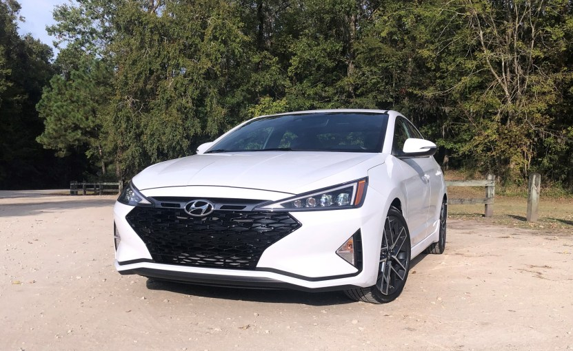 2019 Hyundai Elantra Sport (23)