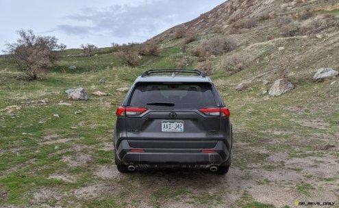 2020 RAV4 TRD Off-Road - Car-Revs-Daily.com Matt Barnes (17)