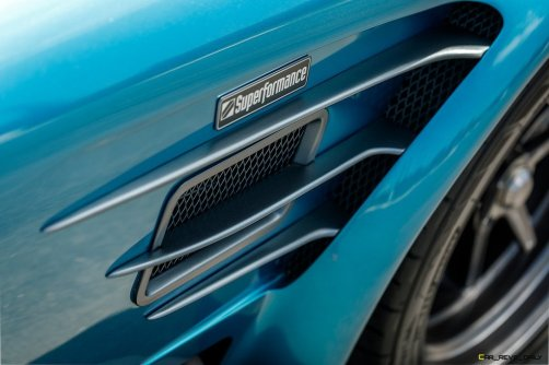 Superformance-MKIII-R-Cobra-Driving-Badging