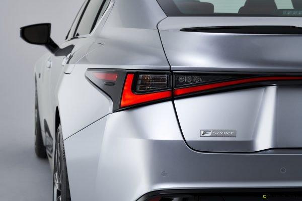 2021-Lexus-IS-F-SPORT-006-600x400