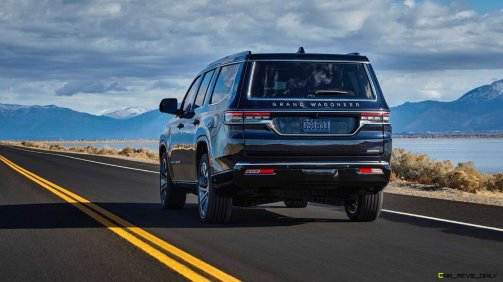 2022-jeep-grand-wagoneer-exterior-rear-quarter