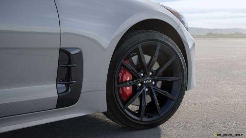 2022-kia-stinger-scorpion-special-edition-wheel