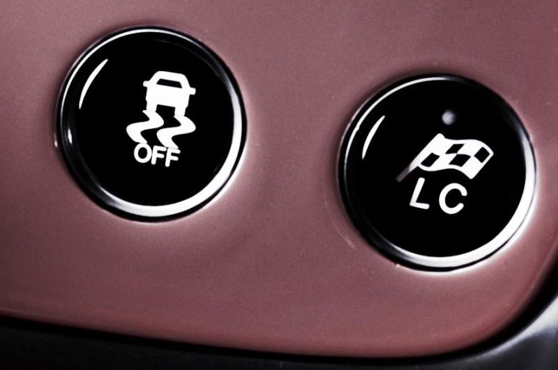 3.6s 2015 Aston Martin VANQUISH Adds Amazing ZF 8-Speed Auto for 201-MPH Vmax 2