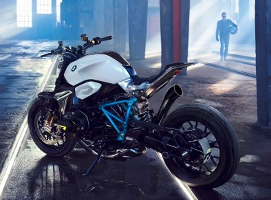 BMW Motorrad - Concept Roadster is Boxer Basics Motorcycle for Lake Cuomo 9
