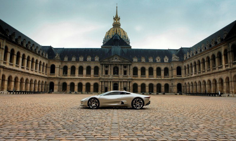 Canned Hypercar Debrief - 2010 JAGUAR C-X75 Is Too Sexy For Its Turbines 16