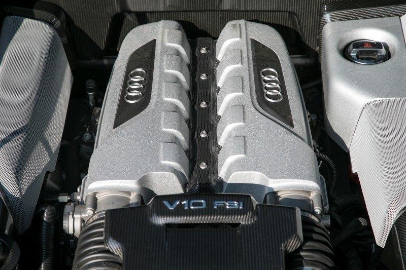 Car-Revs-Daily.com 2014 AUDI R8 V10 Plus in Sepang Matte Metallic Blue 37