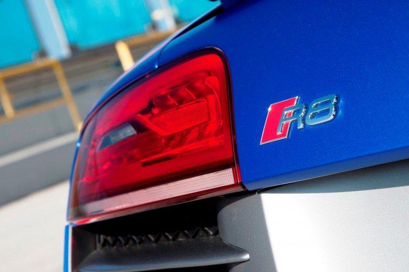 Car-Revs-Daily.com 2014 AUDI R8 V10 Plus in Sepang Matte Metallic Blue 4