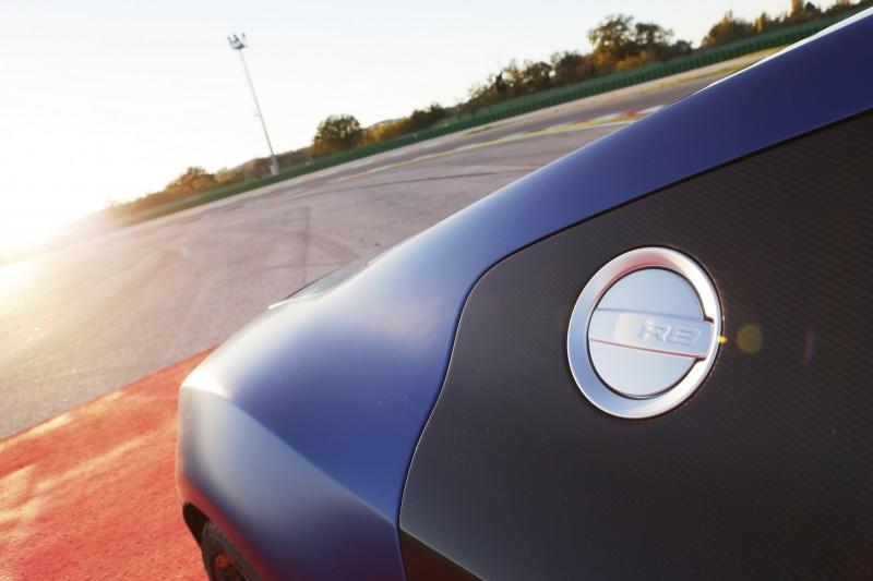 Car-Revs-Daily.com 2014 AUDI R8 V10 Plus in Sepang Matte Metallic Blue 66