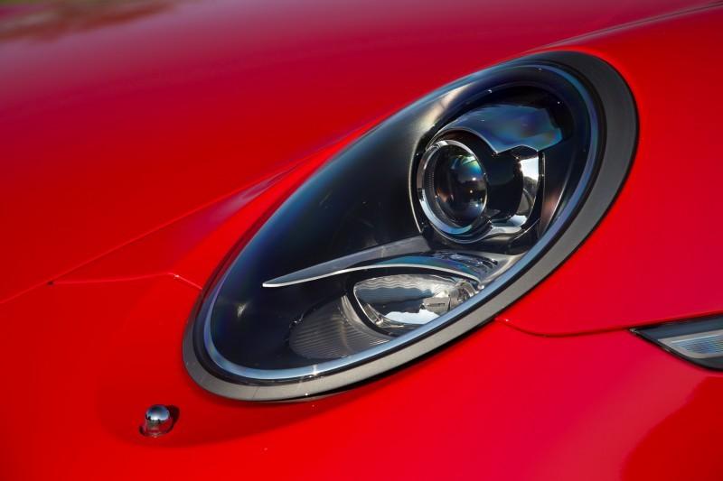 Car-Revs-Daily.com 2014 Porsche 911 GT3 is Race-Ready Street Car 11