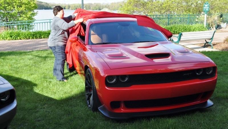 Car-Revs-Daily.com - 2015 Dodge Challenger SRT Hellcat Debut Photos and Video 18