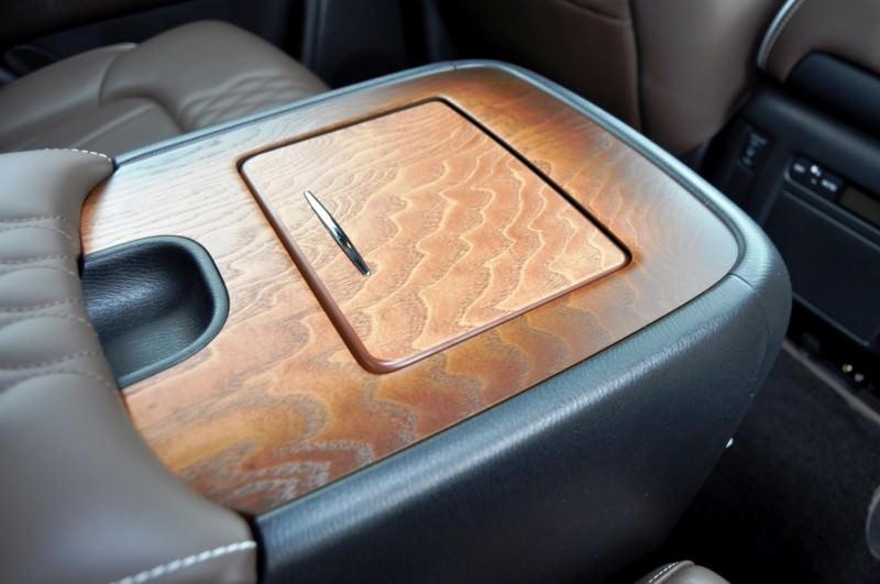 Car-Revs-Daily.com 2015 INFINITI QX80 Limited Pebble Beach 90
