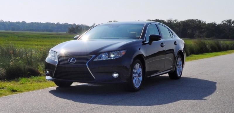 Car-Revs-Daily.com 2015 Lexus ES300h Review 26
