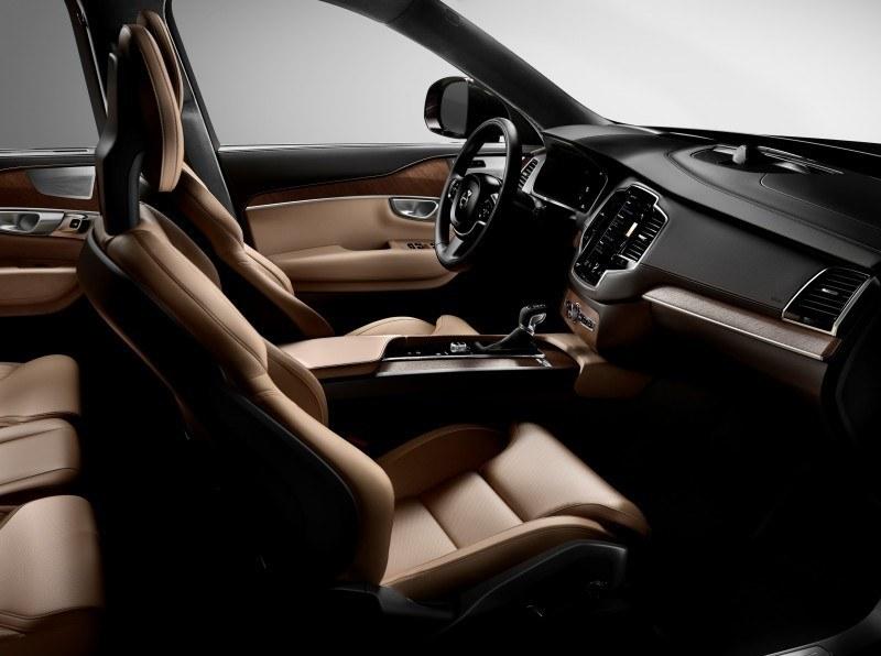 Car-Revs-Daily.com 2015 VOLVO XC90 World Premiere 33
