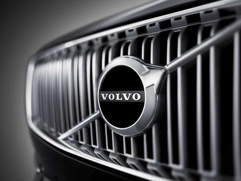 Car-Revs-Daily.com 2015 VOLVO XC90 World Premiere 4