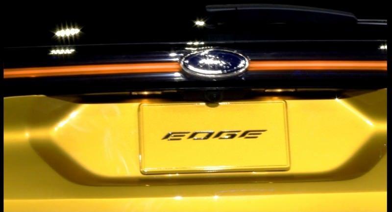 Car-Revs-Daily.com EXTERIOR GALLERY 2015 Ford Edge 16