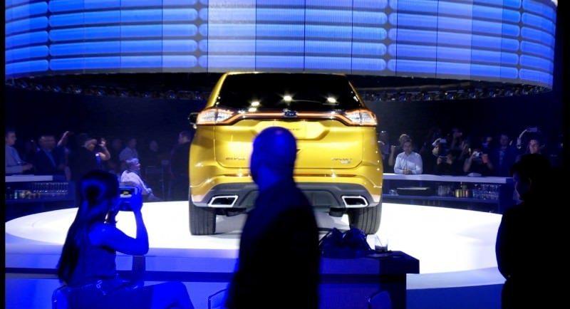 Car-Revs-Daily.com EXTERIOR GALLERY 2015 Ford Edge 2
