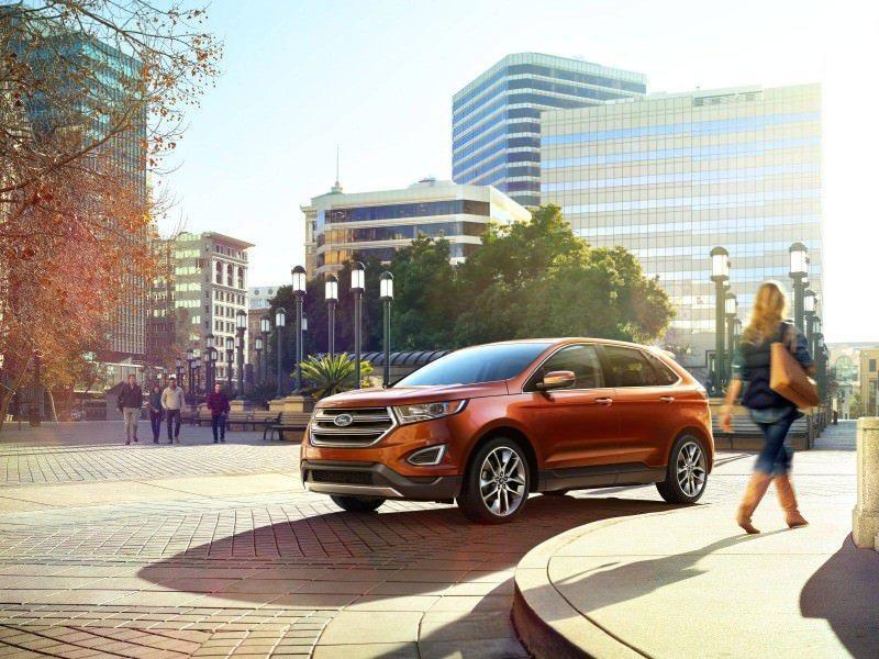 Car-Revs-Daily.com EXTERIOR GALLERY 2015 Ford Edge 90