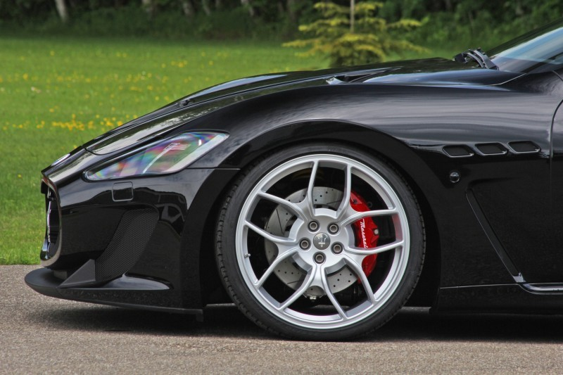 Car-Revs-Daily.com NOVITEC TRIDENTE Maserati GranCabrio MC Supercharged 23