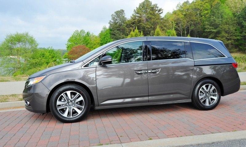 Car-Revs-Daily.com Road Test Review - 2014 Honda Odyssey Touring Elite 12