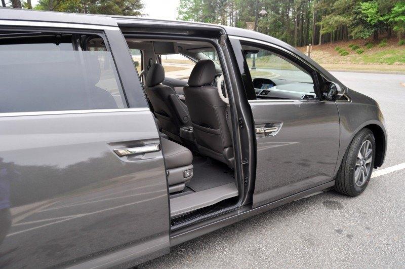 Car-Revs-Daily.com Road Test Review - 2014 Honda Odyssey Touring Elite 27