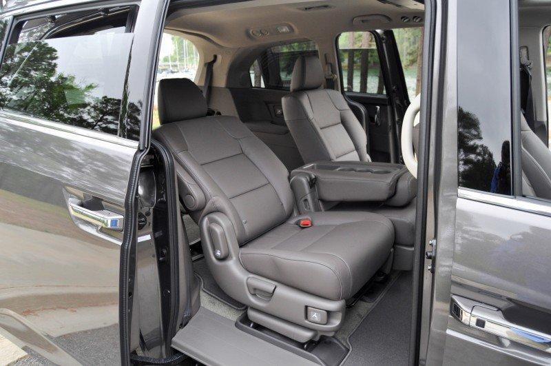 Car-Revs-Daily.com Road Test Review - 2014 Honda Odyssey Touring Elite 30