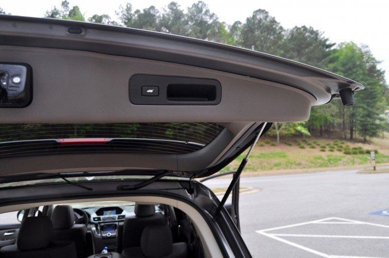 Car-Revs-Daily.com Road Test Review - 2014 Honda Odyssey Touring Elite 37