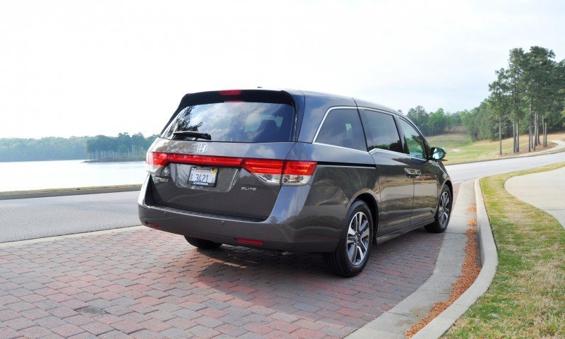 Car-Revs-Daily.com Road Test Review - 2014 Honda Odyssey Touring Elite 6