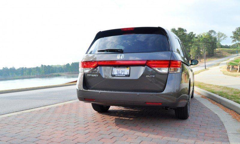 Car-Revs-Daily.com Road Test Review - 2014 Honda Odyssey Touring Elite 7