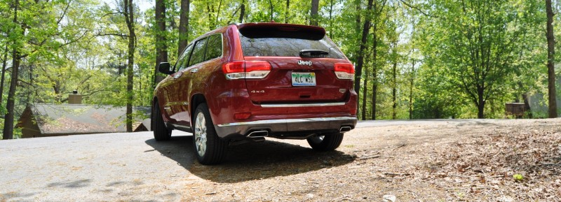 Car-Revs-Daily.com Road Test Review - 2014 Jeep Grand Cherokee Summit V6 18