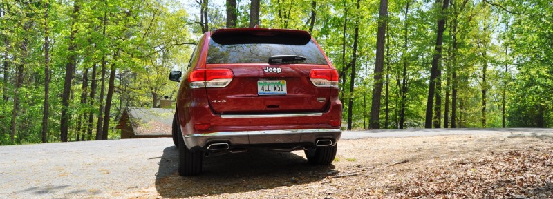 Car-Revs-Daily.com Road Test Review - 2014 Jeep Grand Cherokee Summit V6 19