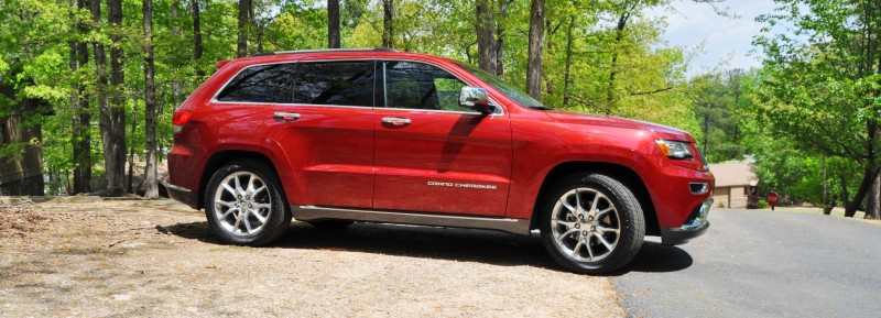 Car-Revs-Daily.com Road Test Review - 2014 Jeep Grand Cherokee Summit V6 26