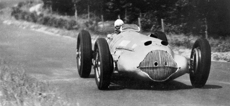 CarRevsDaily - Hour of the Silver Arrows - Action Photography 56