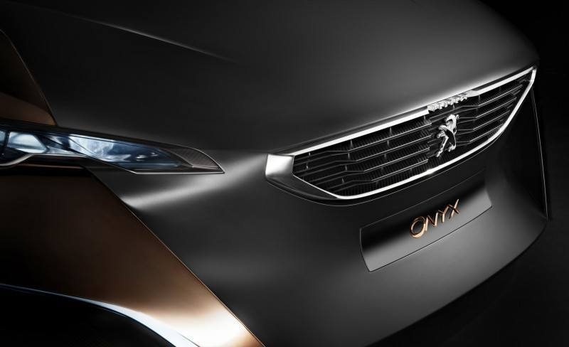Concept Flashback - 2012 Peugeot ONYX Is Mixed-Media Hypercar Delight 4