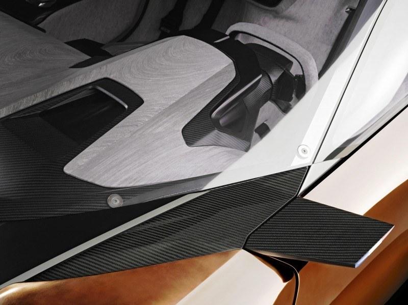 Concept Flashback - 2012 Peugeot ONYX Is Mixed-Media Hypercar Delight 8