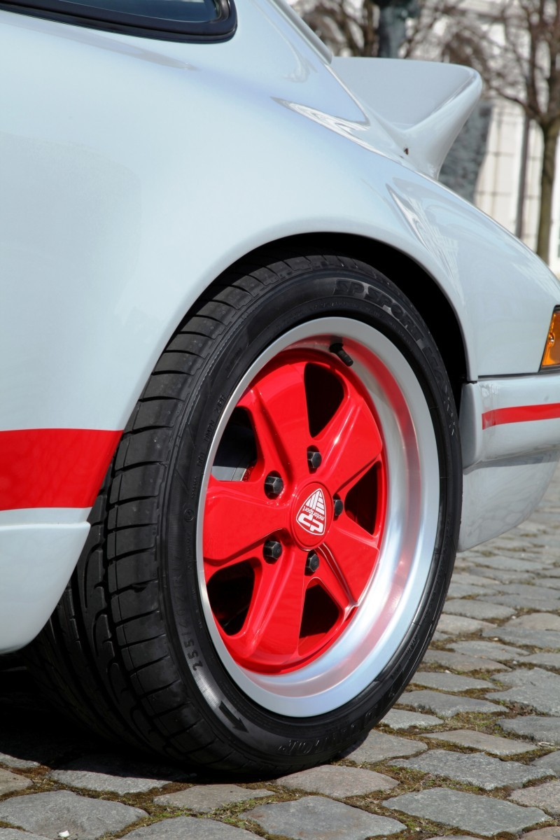 DP Motorsports Porsche 964 Classic RS 13