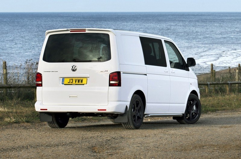Happy B-Day to the Volkswagen Minibus and Transporter! Work Van Legend Turns 60 in UK This Year 26