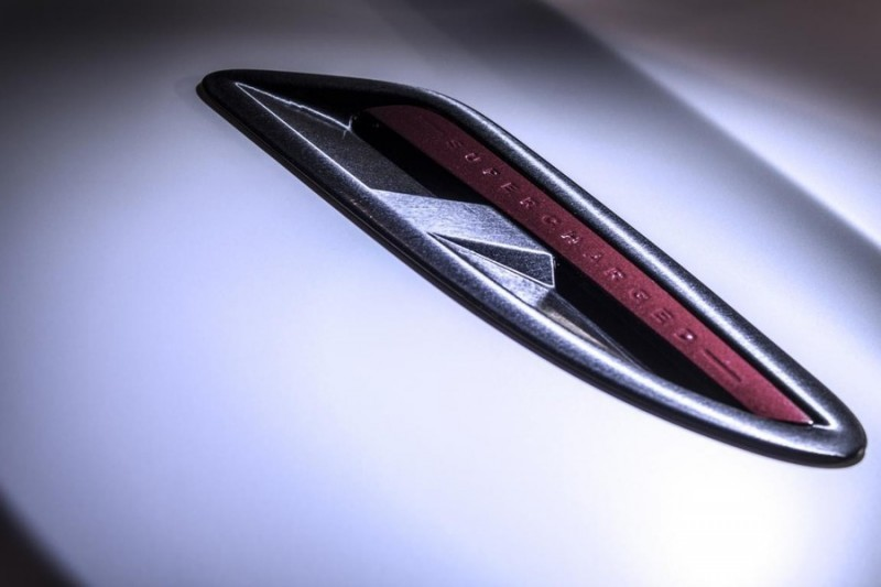 JAGUAR XF by 2M Designs Shows How To Personalize a Jag With Class 8