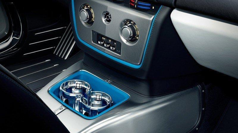 New Rolls-Royce Phantom Drophead Coupe Waterspeed Celebrates Bluebird K3 Record-Breaker 17