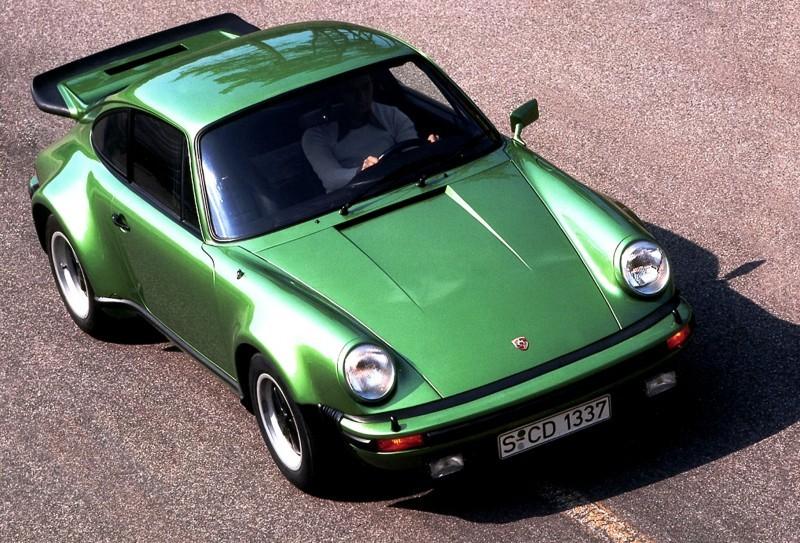 Porsche 911 Turbo Generations 16