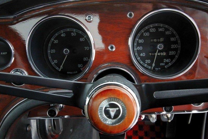 RM Auctions Monaco 2014 Highlights - 1968 Toyota 2000GT Joins Rare Million-Plus Japanese Car Club  14