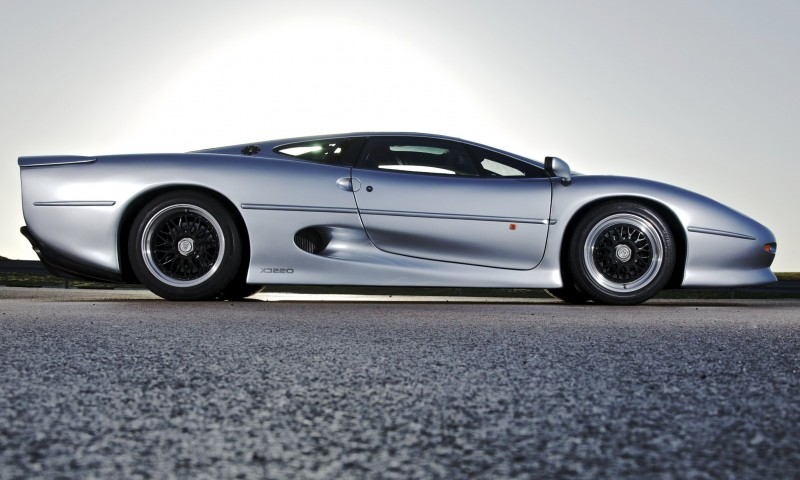 Supercar Icons - 1992 JAGUAR XJ220 Still Enchants the Eye and Mind, 22 Years Later 4