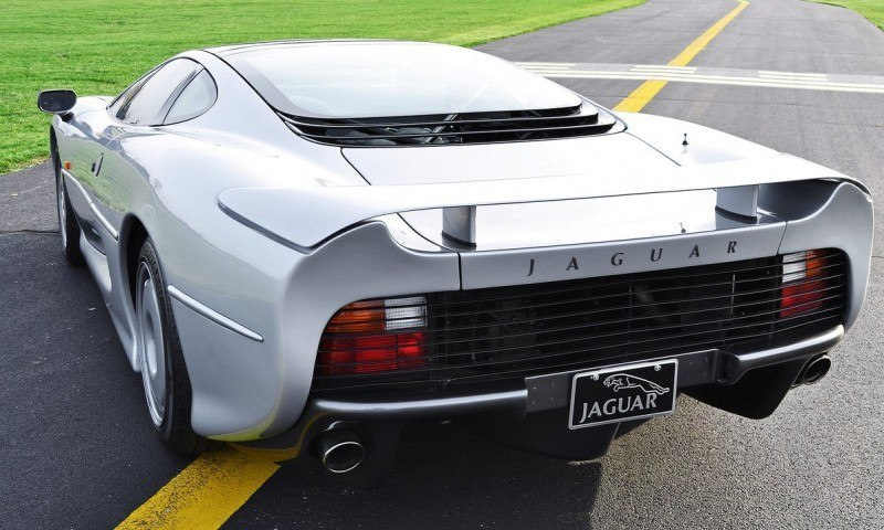 Supercar Icons - 1992 JAGUAR XJ220 Still Enchants the Eye and Mind, 22 Years Later 44