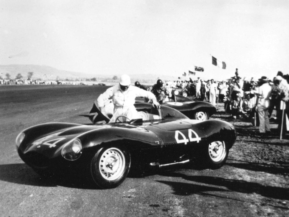 Swoopy 1955 D-type JAGUAR Tops All Comers with $5M Total in Fabulous RM Auctions Paris Gala 19