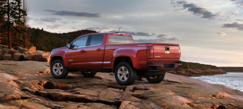 Updated With Pricing and Colors - 2015 Chevrolet Colorado Z71 Brings Cool Style, Big Power 11