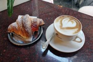 Cornetti with cappuccino