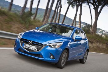 Mazda2-front-three-quarters-left