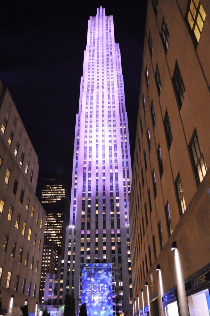 New-York - Rockfeller Center by night - ©JCHERIX