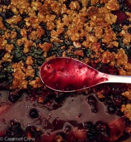 Crunchy-berry-cobbler