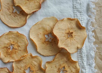 Apple Chips with Caramel Dip recipe - super easy snack!